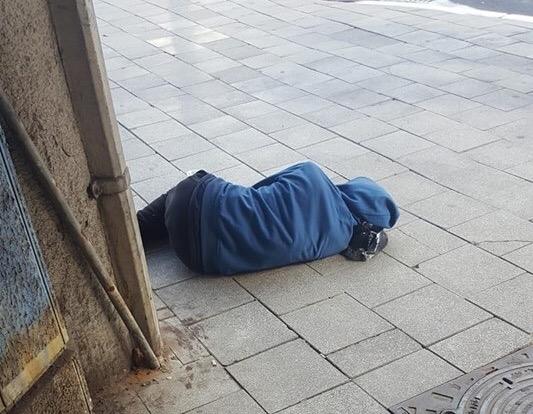 מחוסר דיור בנתניה, צילום: מנחם אילוז