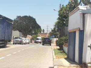 לצד הזה של הרחוב יש תקציב, פס האטה לצד בית הספר החדש ברחוב סירקין